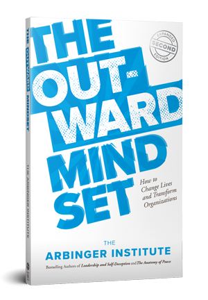 SM_outward-mindset-3d-mockup-right